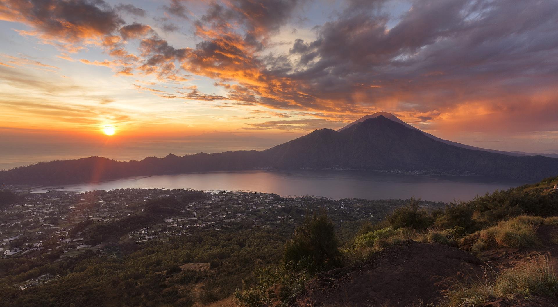 Post 10 Mount Batur Bali Img1