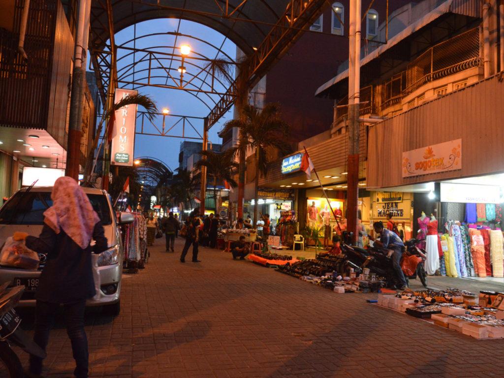Pasar Baru shopping street